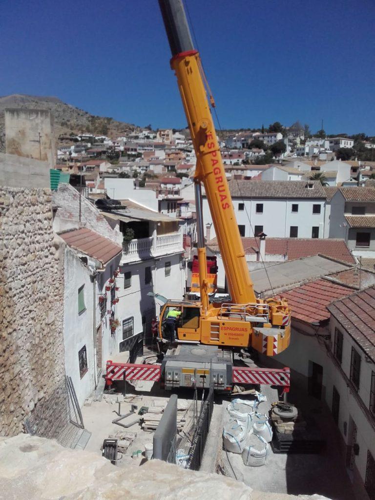 Desmontaje de Grúa Torre en el Castillo de Íllora Granada